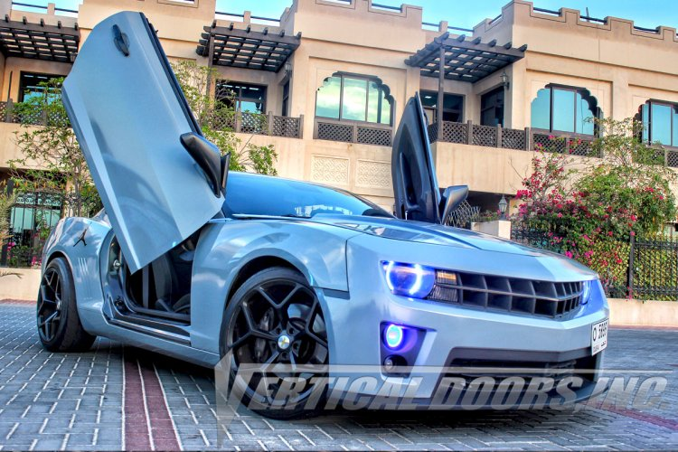 10 15 chevrolet camaro vertical doors lambo kit bolt on. Black Bedroom Furniture Sets. Home Design Ideas