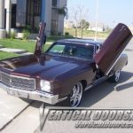 70s Chevrolet Monte Carlo bolt on vertical lambo doors. Bolt on VDI kit fits 1970, 1971 and 1972 Chevy Monte-Carlo.